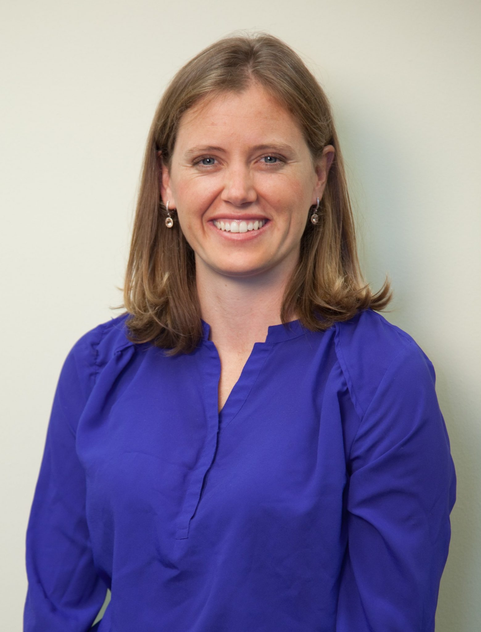 Dr Jennifer Abercrombie